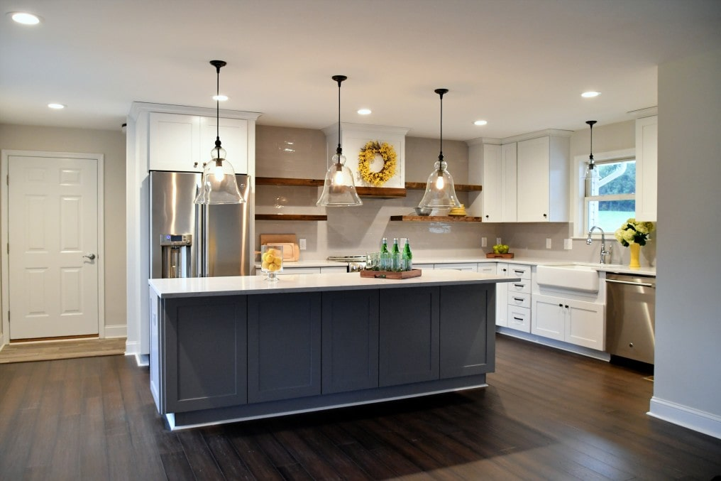 enjoying-a-cozy-new-kitchen-in-an-open-concept-home-copy-space-light-bright-airy-decoration-interior_rox9lX
